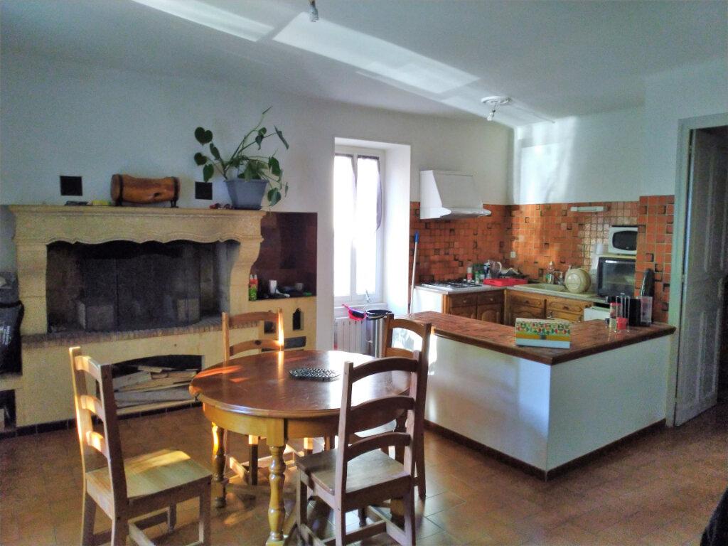 Maison à louer 6 142m2 à Sernhac vignette-3