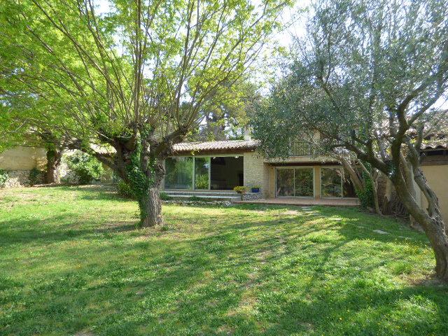 Maison à louer 6 210m2 à Cabrières vignette-1