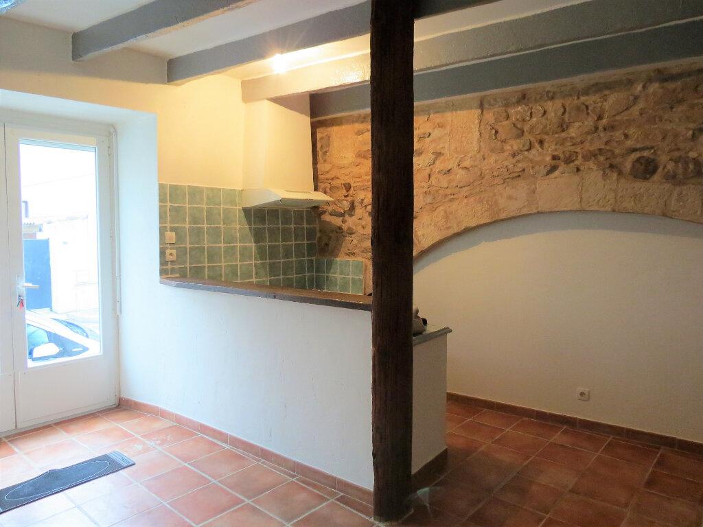 Appartement à louer 1 30m2 à Caissargues vignette-1