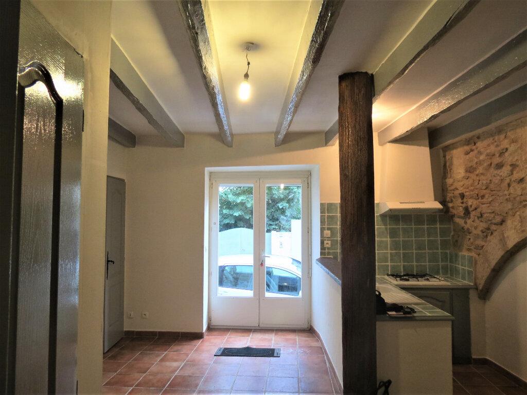 Appartement à louer 1 30m2 à Caissargues vignette-2
