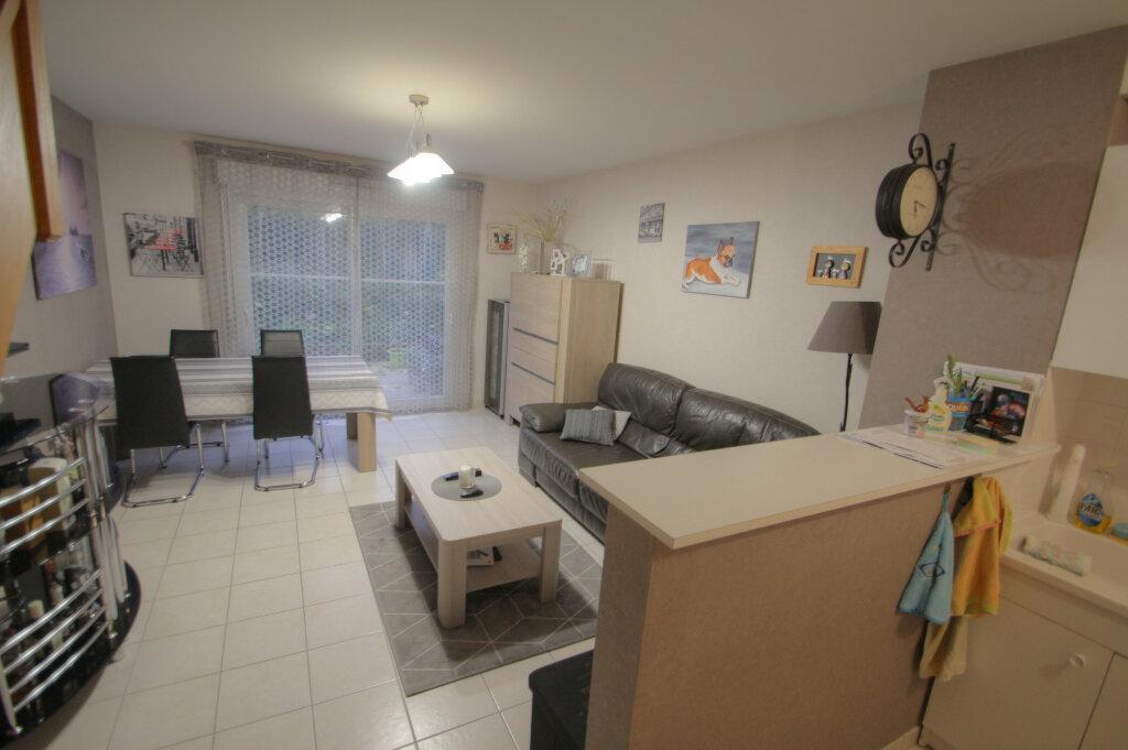 Appartement à vendre 3 68.35m2 à Saran vignette-3