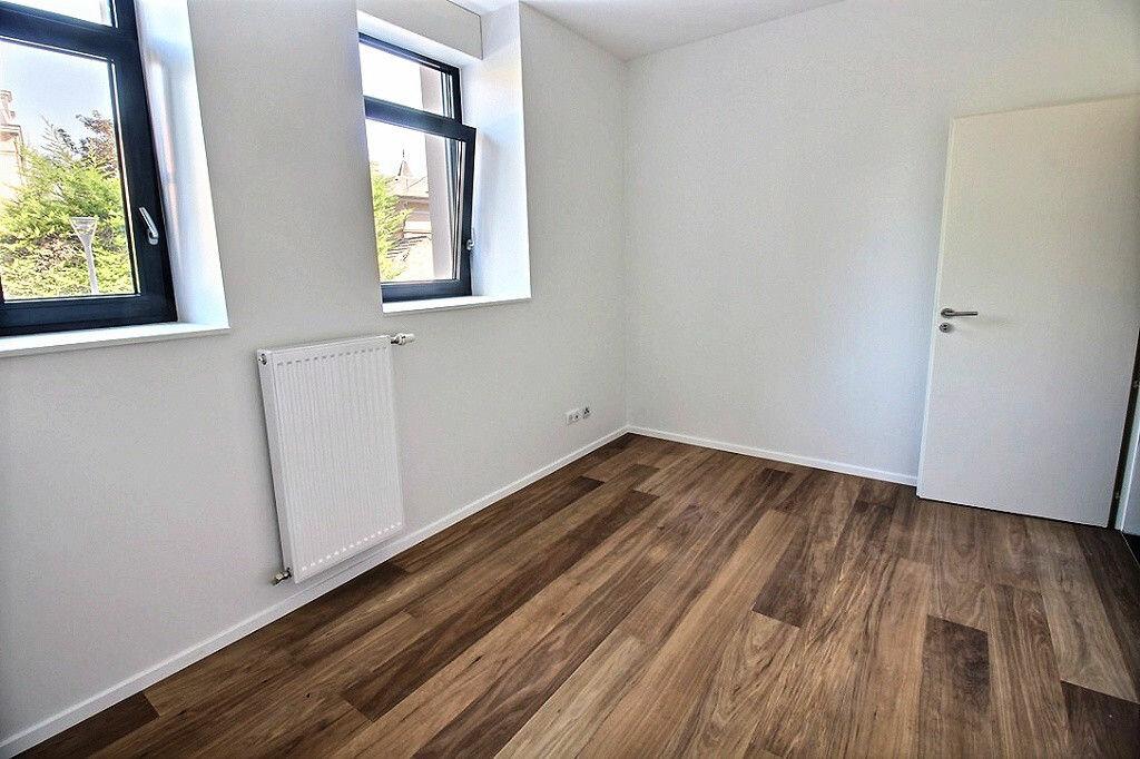 Appartement à louer 2 72m2 à Colmar vignette-3