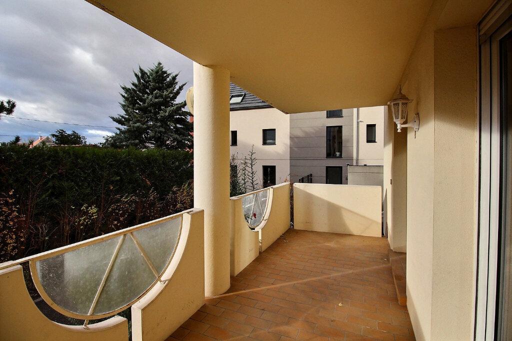 Appartement à louer 2 62m2 à Colmar vignette-4