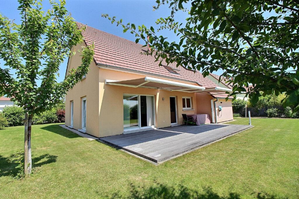 Maison à vendre 6 147.43m2 à Andolsheim vignette-1