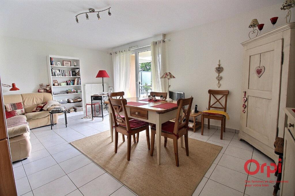 Appartement à vendre 3 63m2 à Herrlisheim-près-Colmar vignette-2