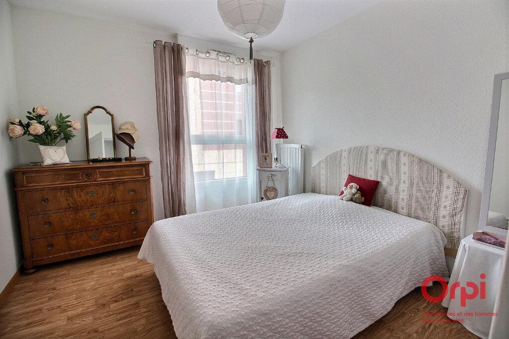 Appartement à vendre 3 63m2 à Herrlisheim-près-Colmar vignette-3