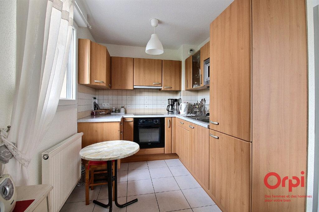 Appartement à vendre 3 63m2 à Herrlisheim-près-Colmar vignette-5