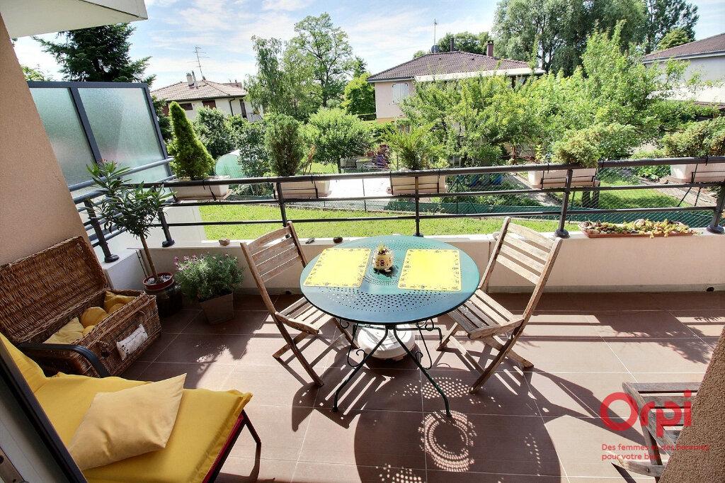 Appartement à vendre 3 63m2 à Herrlisheim-près-Colmar vignette-6