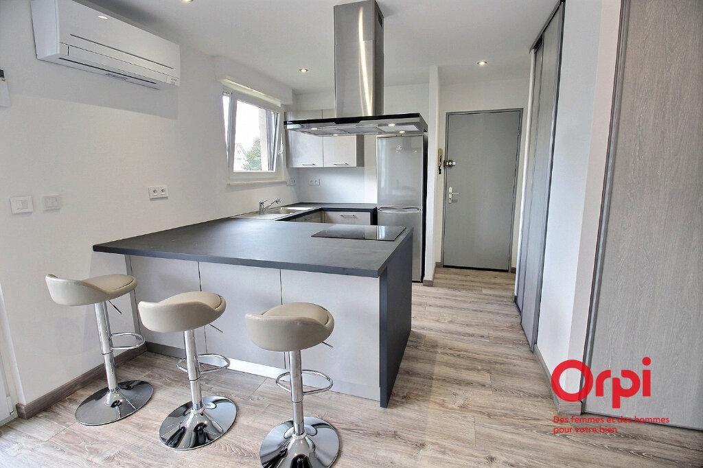Appartement à louer 1 28.55m2 à Colmar vignette-1
