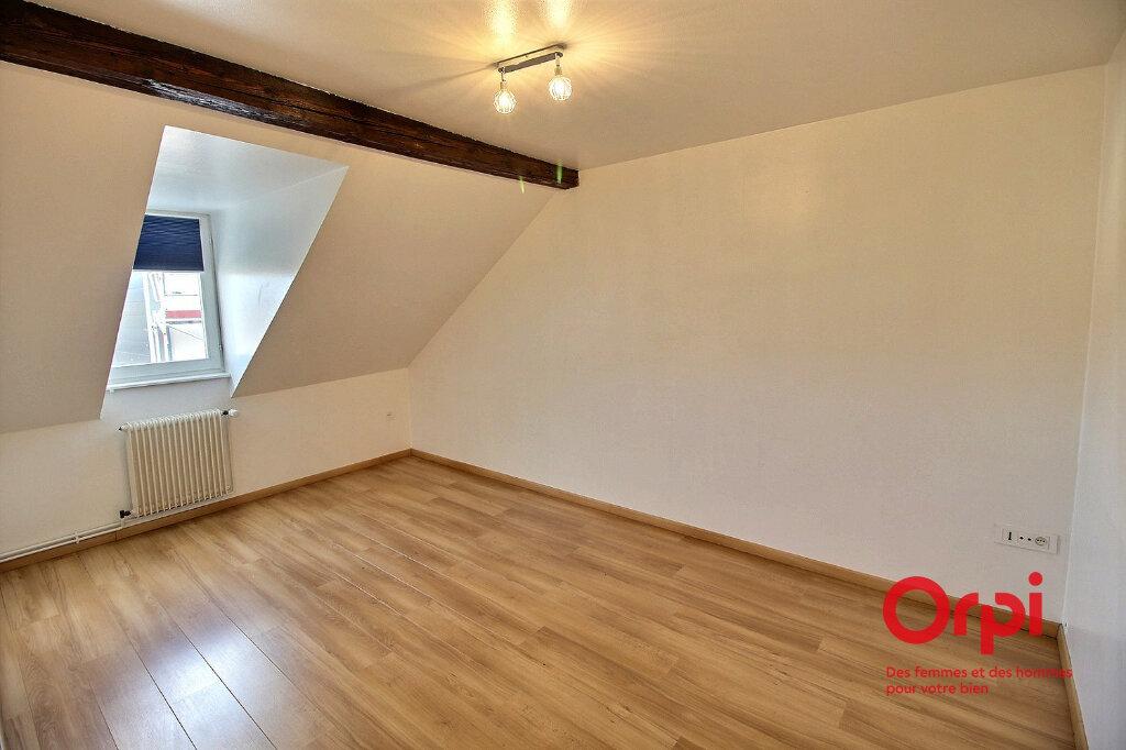 Appartement à louer 4 79m2 à Colmar vignette-4