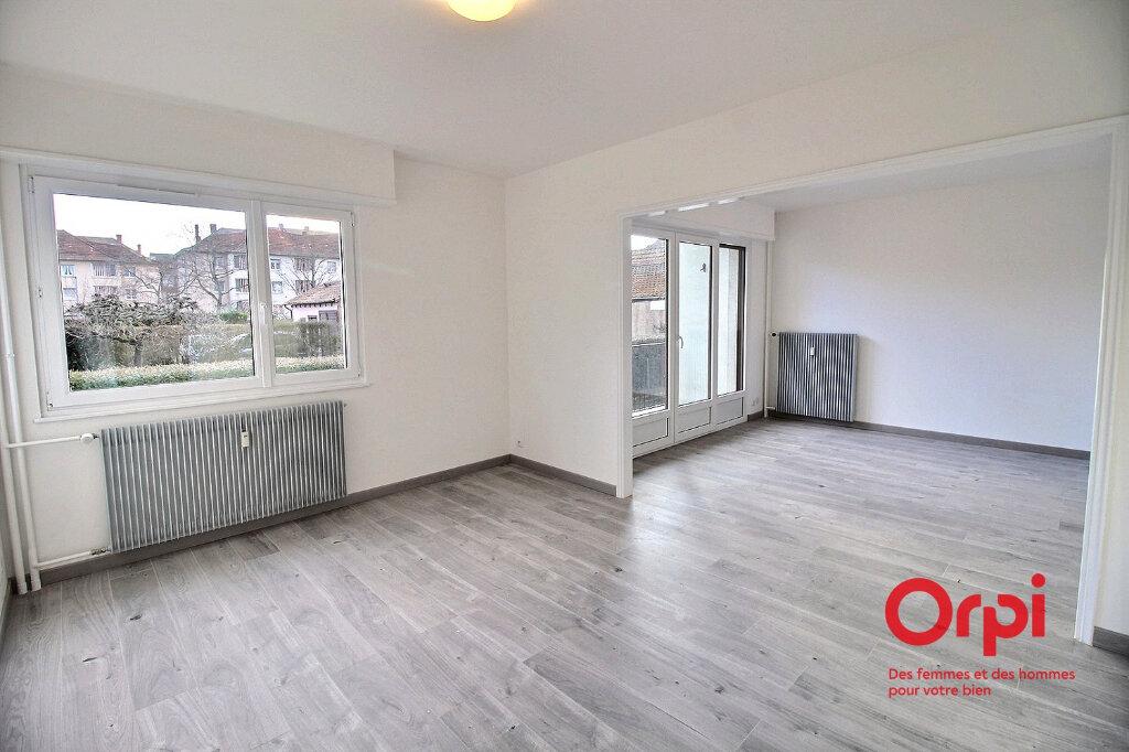 Appartement à louer 4 86.14m2 à Colmar vignette-1