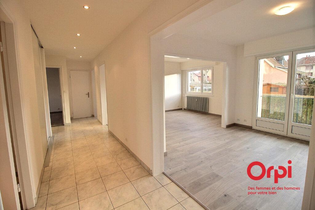 Appartement à louer 4 86.14m2 à Colmar vignette-3