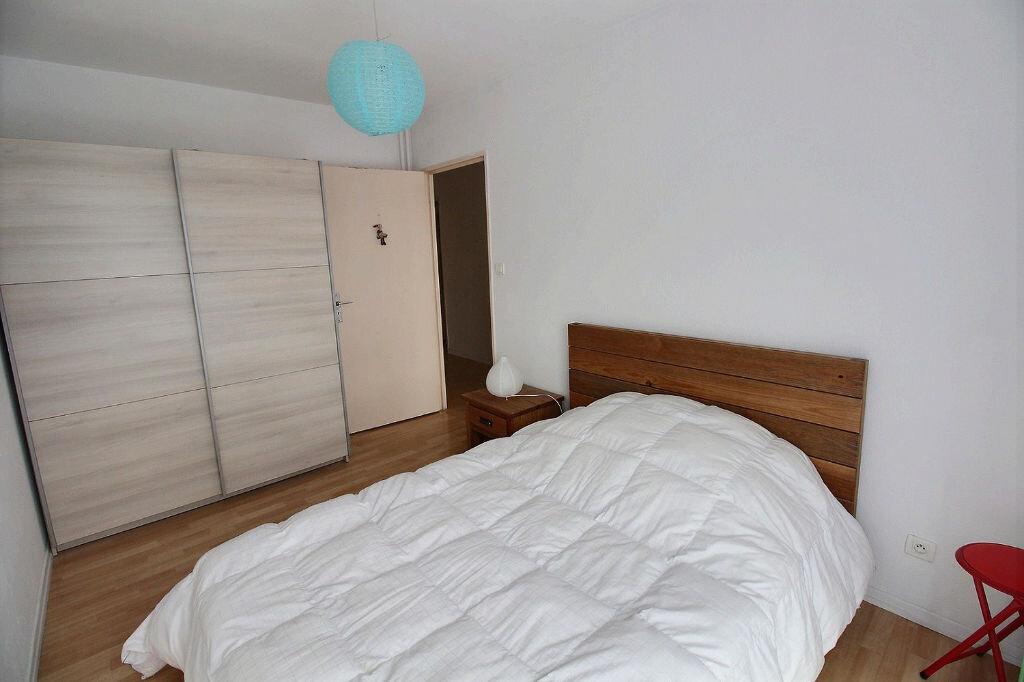 Appartement à louer 3 60m2 à Colmar vignette-3