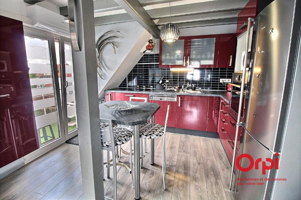 Appartement à louer 2 58m2 à Colmar vignette-3