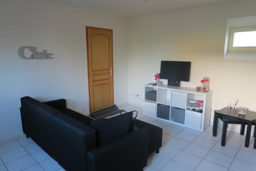 Appartement à louer 2 37.5m2 à Vieille-Chapelle vignette-2