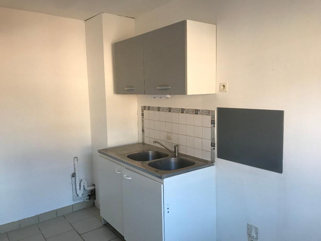 Appartement à louer 3 60m2 à Merville vignette-4
