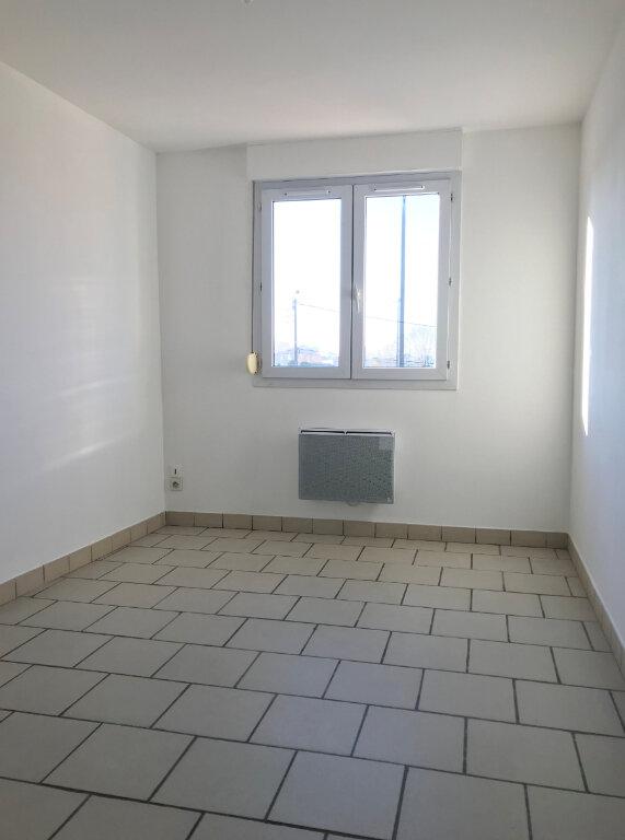 Appartement à louer 3 60m2 à Merville vignette-5
