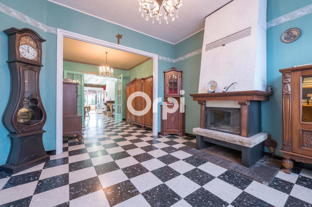Maison à vendre 6 110m2 à Estaires vignette-2