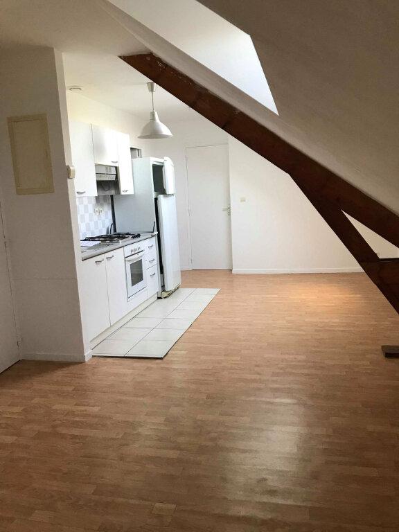 Appartement à louer 1 29m2 à Estaires vignette-1