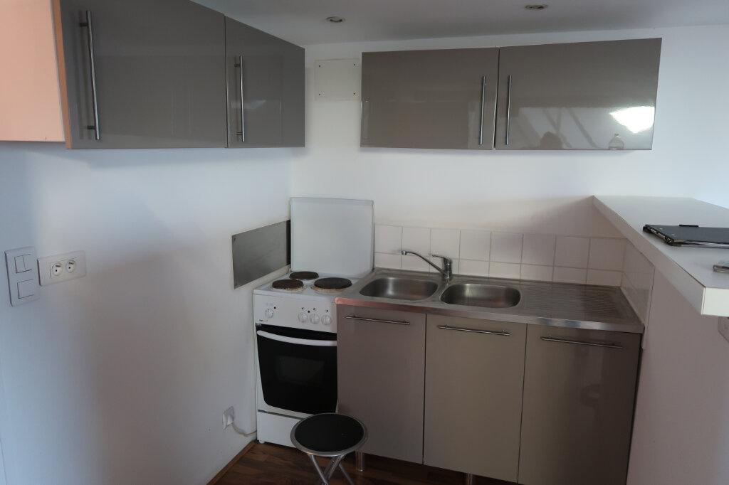 Appartement à louer 3 46m2 à La Bassée vignette-3