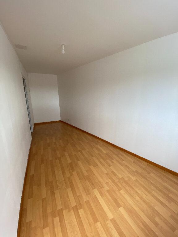 Appartement à louer 3 55m2 à Merville vignette-3