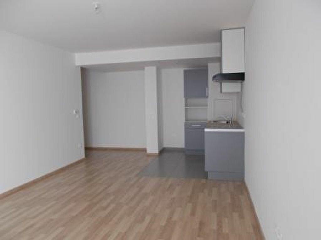 Appartement à louer 2 46.4m2 à Ris-Orangis vignette-4