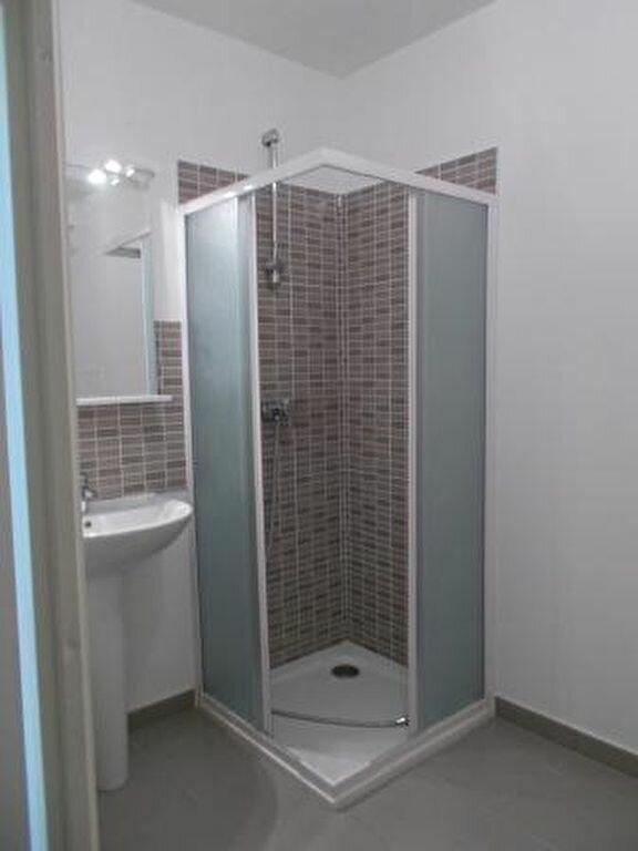 Appartement à louer 2 46.4m2 à Ris-Orangis vignette-7