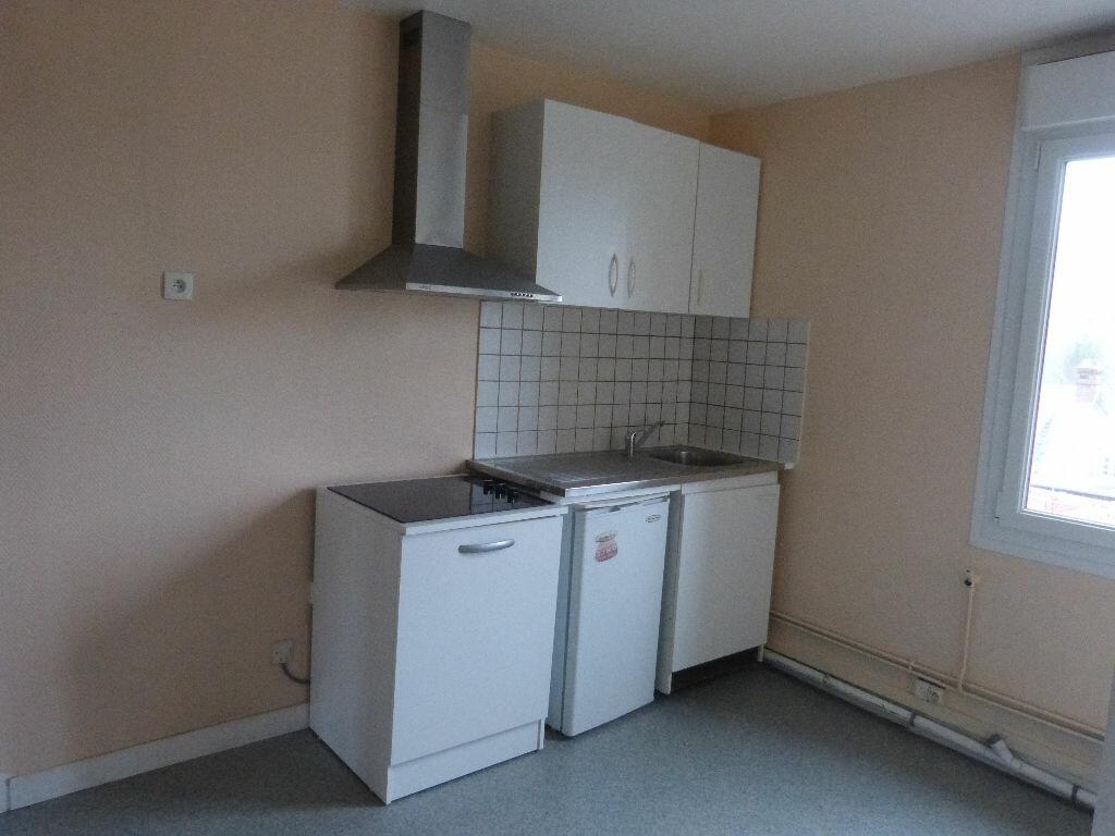 Appartement à louer 1 28m2 à Montdidier vignette-3