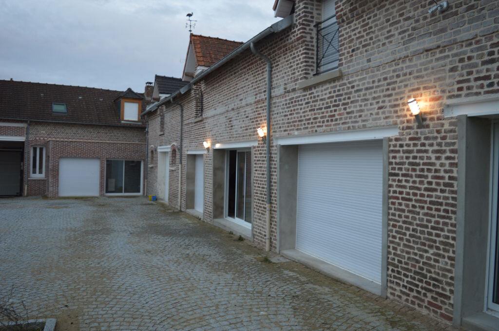 Maison à vendre 6 240m2 à Moreuil vignette-1
