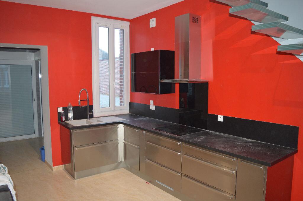 Maison à vendre 6 240m2 à Moreuil vignette-2