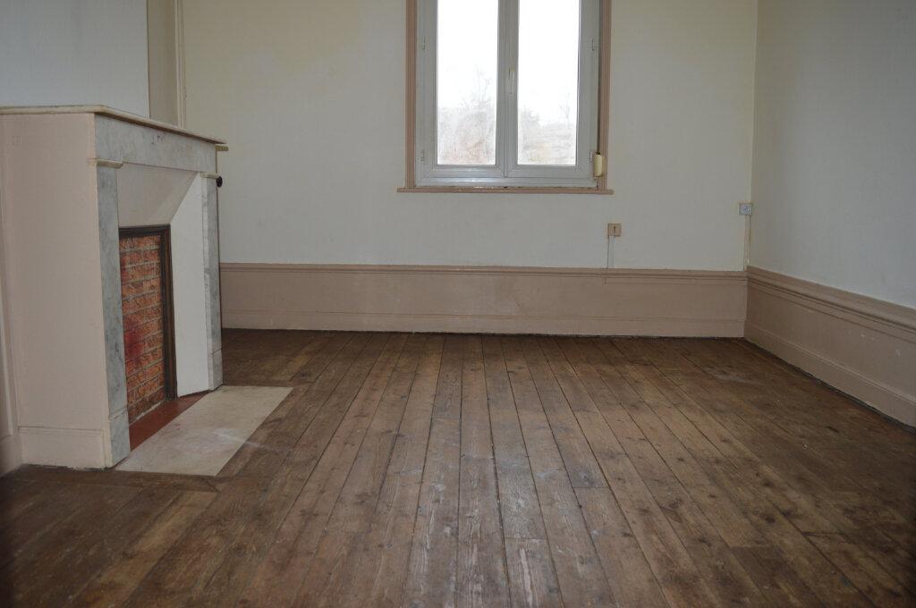Appartement à louer 4 80m2 à Montdidier vignette-3