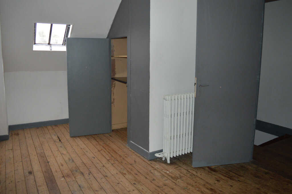 Appartement à louer 4 80m2 à Montdidier vignette-5