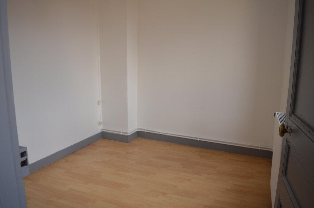 Appartement à louer 3 74m2 à Moreuil vignette-3