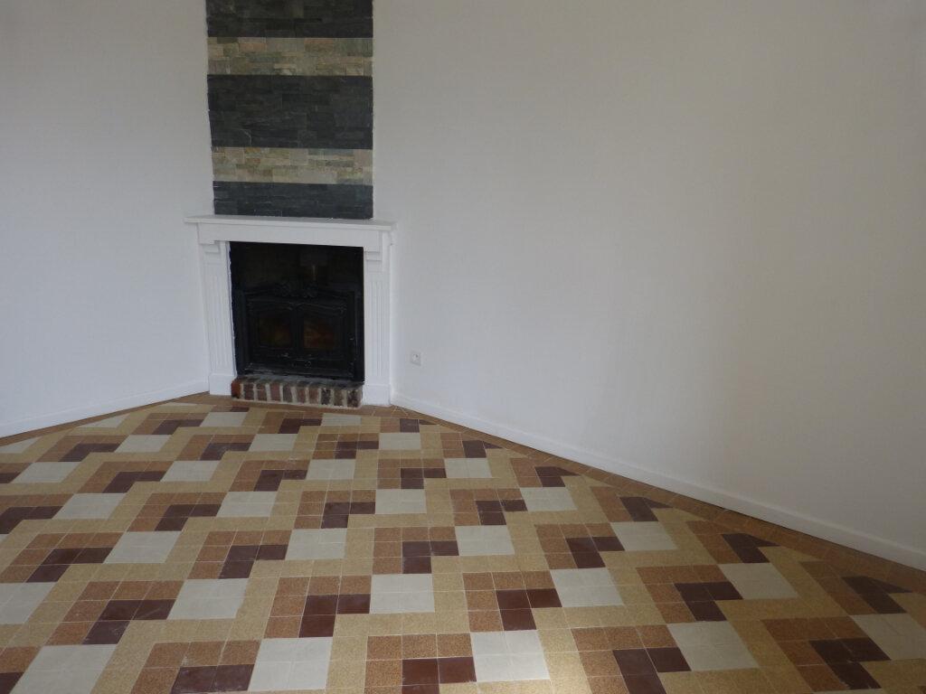 Maison à louer 4 66m2 à Montdidier vignette-5