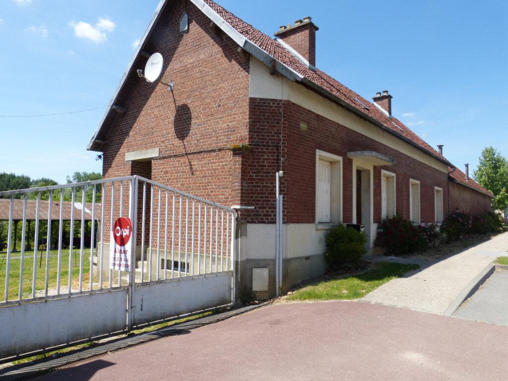 Maison à louer 3 74.3m2 à Contoire vignette-1