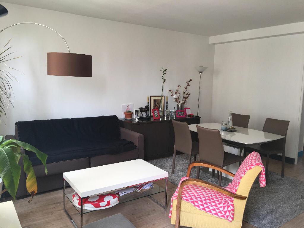 Appartement à louer 2 44m2 à Boulogne-Billancourt vignette-1