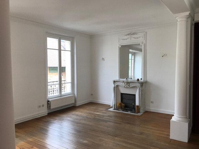 Appartement à louer 3 73m2 à Boulogne-Billancourt vignette-1