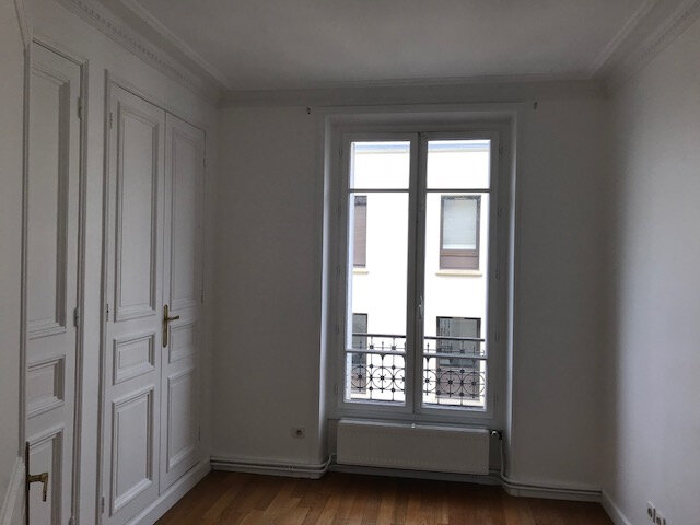 Appartement à louer 3 73m2 à Boulogne-Billancourt vignette-6