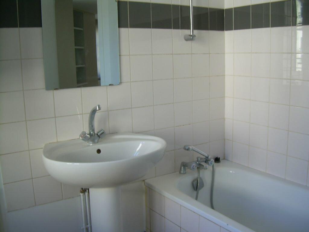 Appartement à louer 1 25.5m2 à Limoges vignette-6