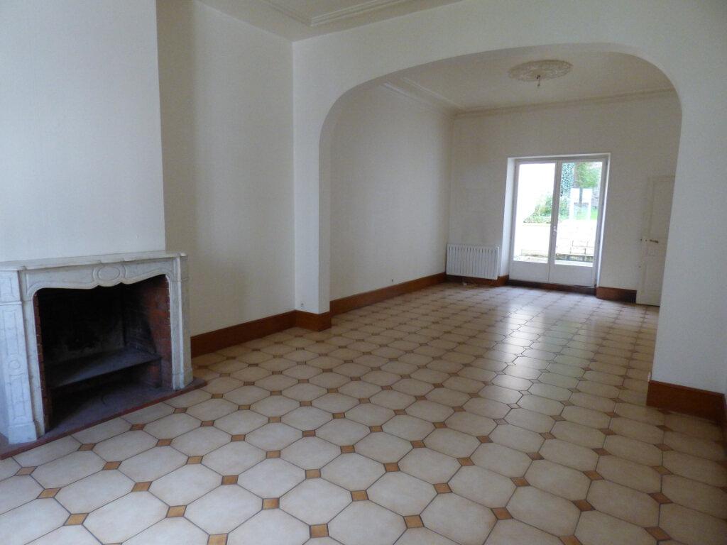 Maison à louer 7 149m2 à Limoges vignette-1
