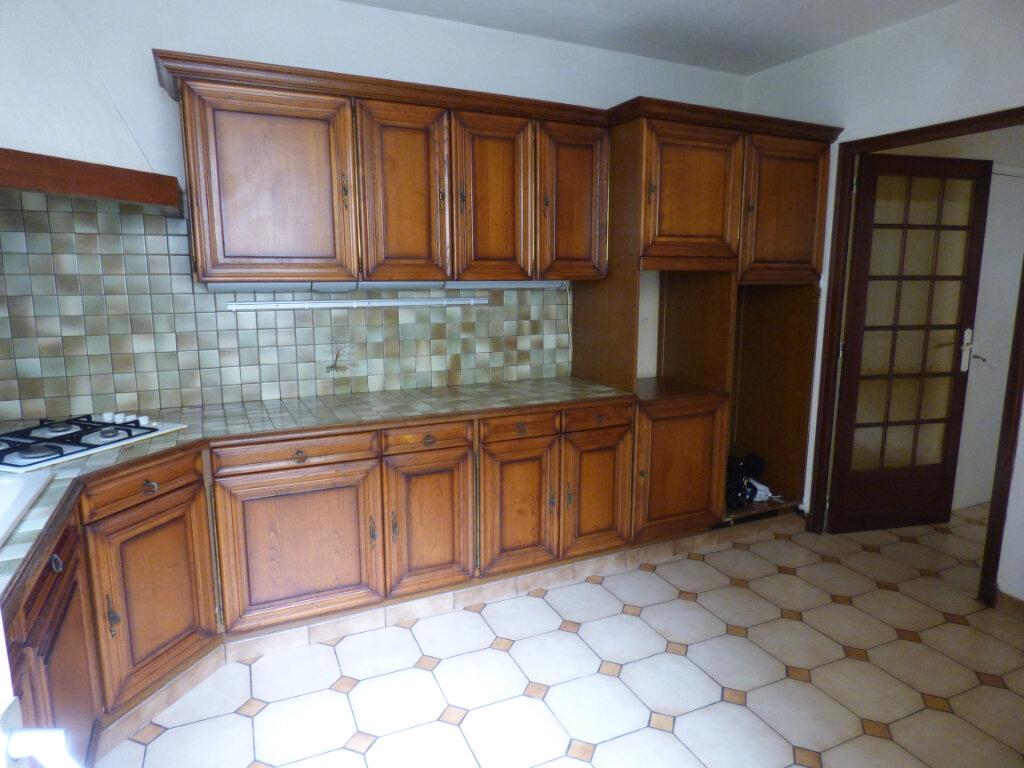 Maison à louer 7 149m2 à Limoges vignette-2