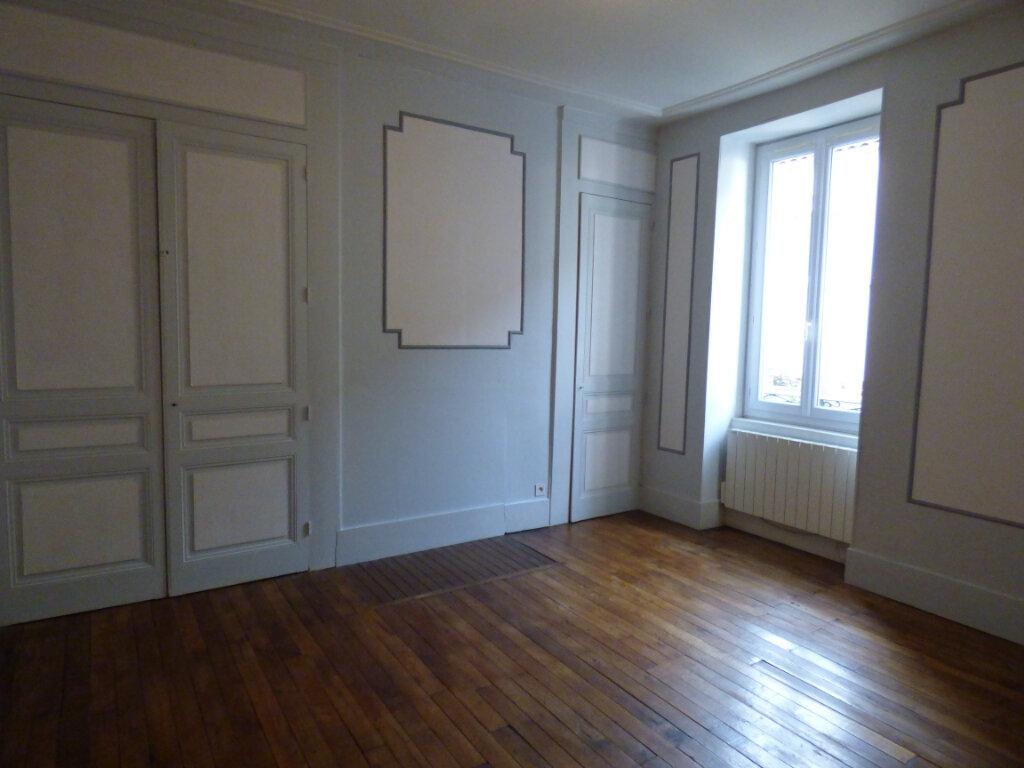 Maison à louer 7 149m2 à Limoges vignette-3