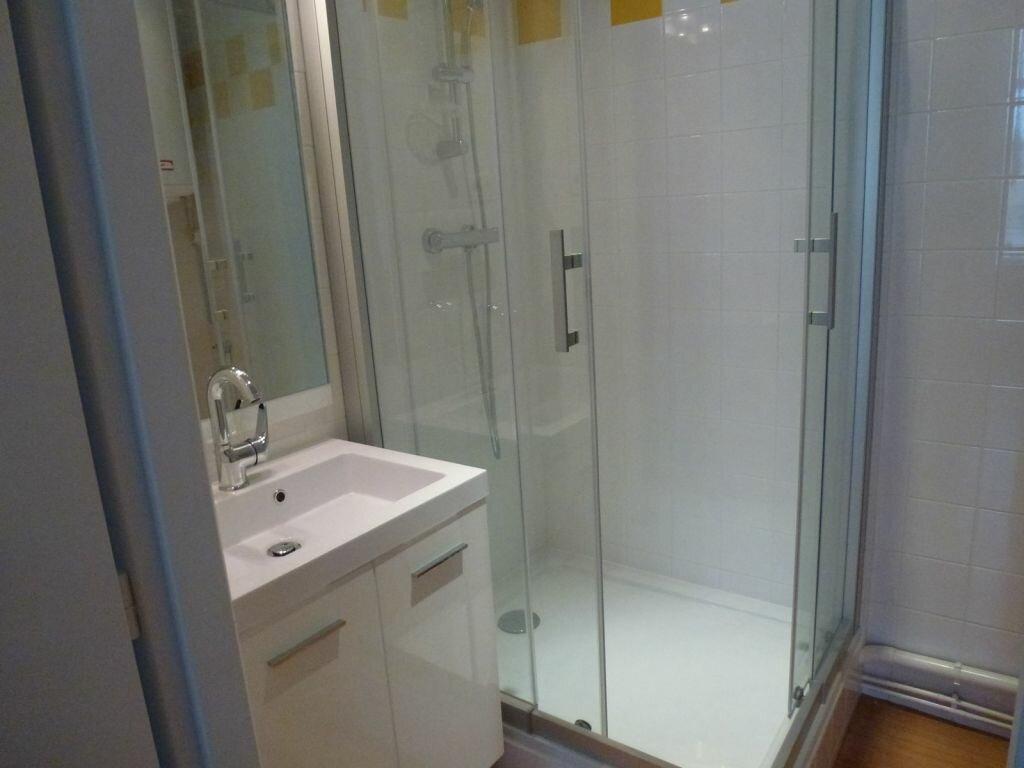 Appartement à louer 2 80.71m2 à Limoges vignette-5