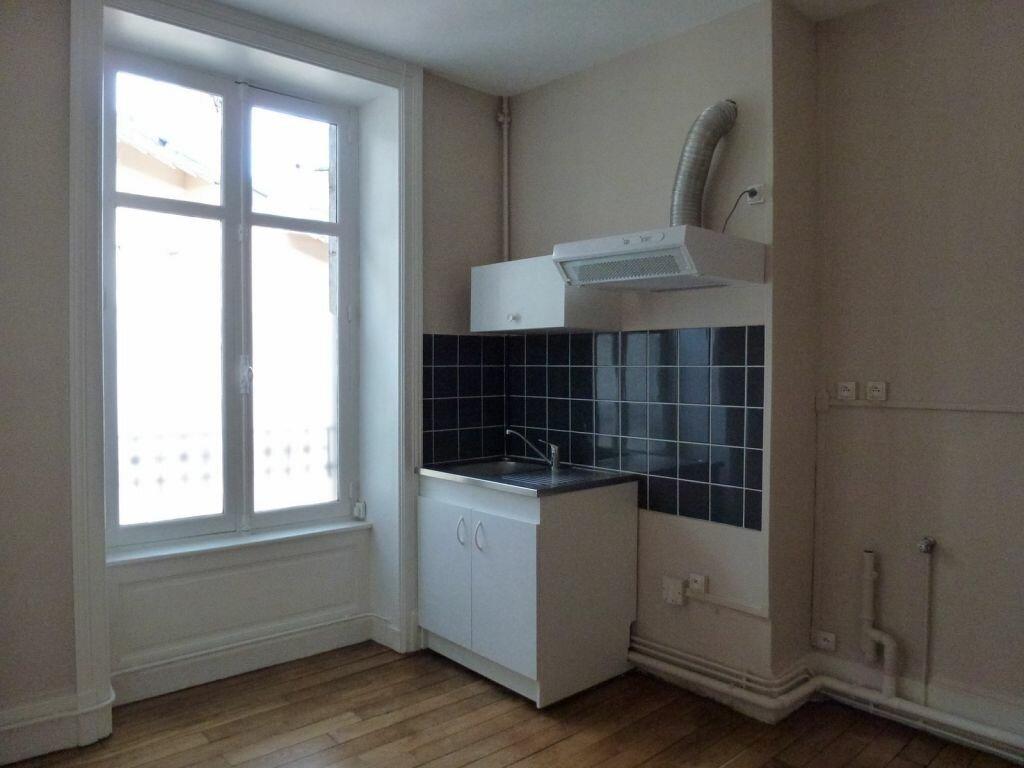 Appartement à louer 2 80.71m2 à Limoges vignette-7
