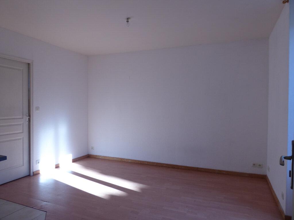 Appartement à louer 2 25.77m2 à Limoges vignette-7