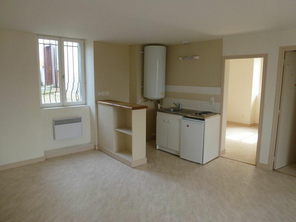 Appartement à louer 2 43.13m2 à Limoges vignette-2