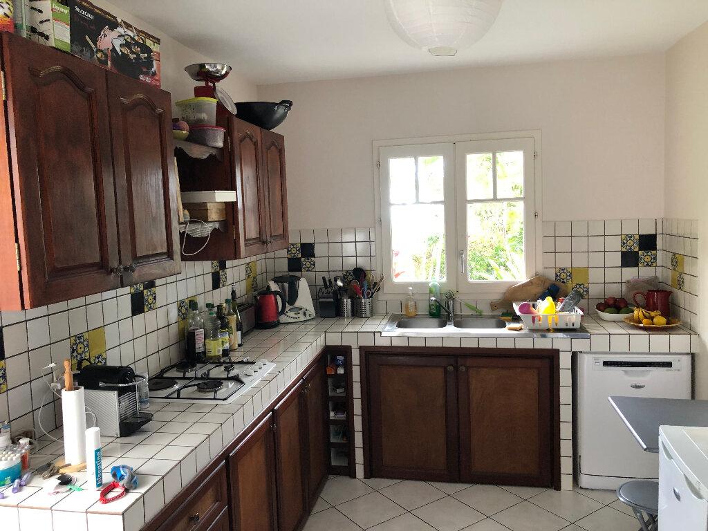 Maison à louer 5 103.93m2 à Saint-Denis vignette-4
