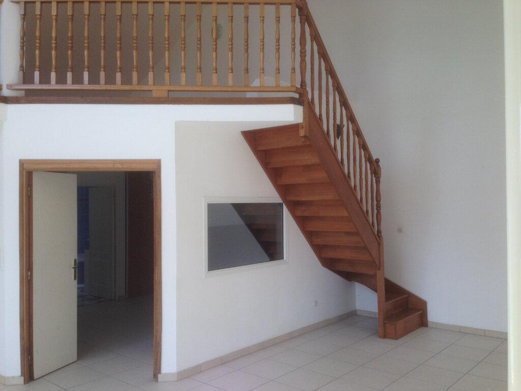 Maison à louer 6 220m2 à Saint-Paul vignette-9
