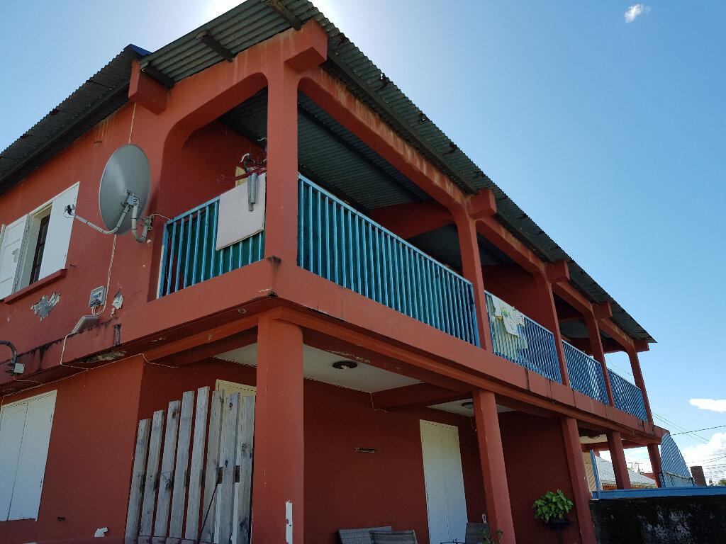 Immeuble à vendre 0 360m2 à Saint-André vignette-1
