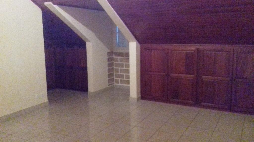 Maison à louer 6 170m2 à L'Étang-Salé vignette-8